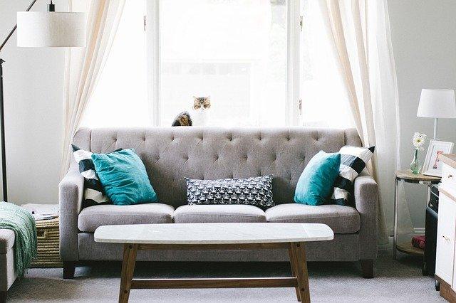krzesła tapicerowane do salonu
