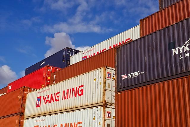 Import z Chin z pośrednikiem